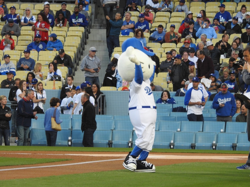 1d4a94fa5 Hello Kitty threw out the first pitch.